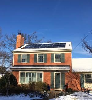 Solar-panels-in-the-snow-1